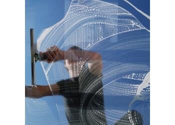 Dallas window cleaner Lakewood Window Cleaning