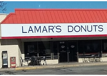 Aurora donut shop Lamar's Donuts and Cofee
