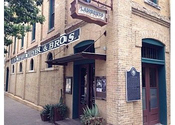 Austin barbecue restaurant Lamberts Downtown Barbecue