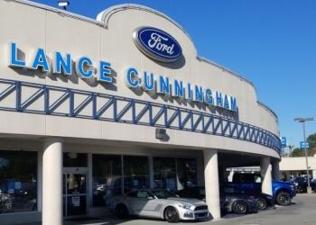 Knoxville car dealership Lance Cunningham Ford