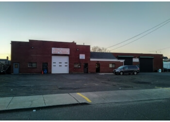 Bridgeport car repair shop Larocca's Garage Inc Madison Brake & Wheel Alignment