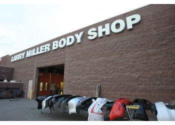 Peoria auto body shop Larry H. Miller Collision Center Peoria
