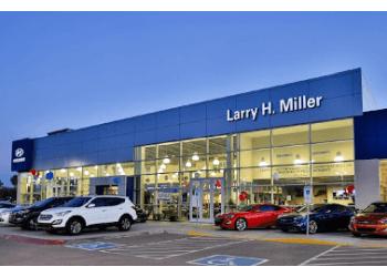 Peoria car dealership Larry H. Miller Hyundai Peoria