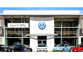 Lakewood car dealership Larry H. Miller Volkswagen
