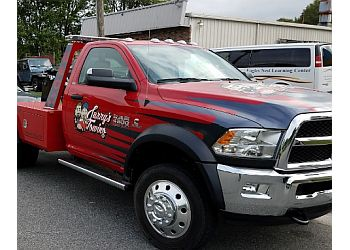 Newport News towing company Larry's Towing