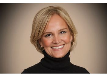 Thousand Oaks cosmetic dentist Laura Fathi, DDS