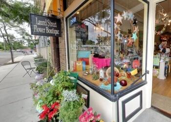 St Paul florist Laurel Street Flowers