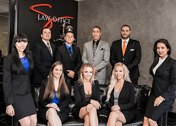 Simi Valley employment lawyer Law Offices of Brandon Sua & Associates