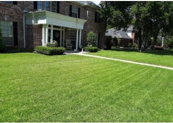 Fort Worth lawn care service LawnStarter