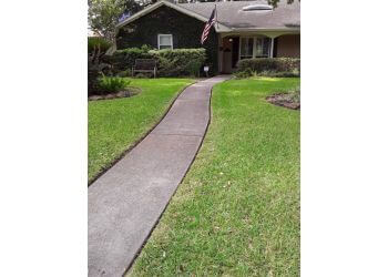 Houston lawn care service LawnStarter Lawn Care Service