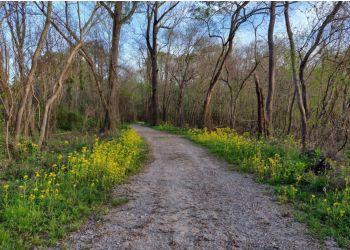 Jackson hiking trail LeFleur's Bluff State Park Trail
