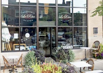 Milwaukee french restaurant Le Reve Patisserie & Café