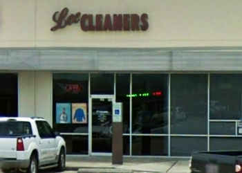 Corpus Christi dry cleaner Lee Cleaners