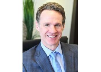 Louisville plastic surgeon Lee E. Corbett, MD - Corbett Cosmetic