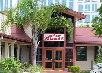 Tampa sports bar Lee Roy Selmon's