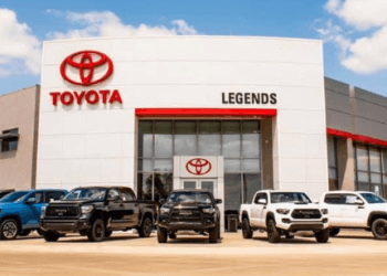 Kansas City car dealership Legends Toyota