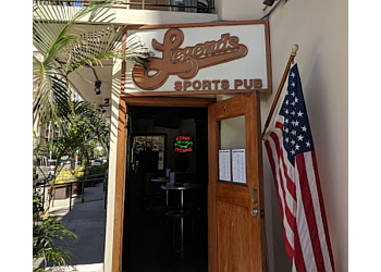 Honolulu sports bar Legends sports pub
