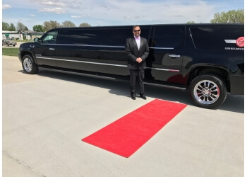 Lincoln limo service Leisure Limousine and Sedan