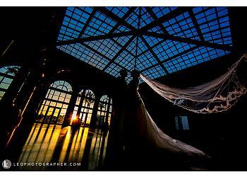 Miami wedding photographer Leo Photographer