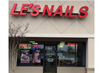 Beaumont nail salon Le's Nails