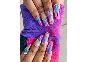 Kent nail salon Le'von Nail Spa