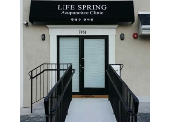 Yonkers acupuncture Life Spring Acupuncture Clinic