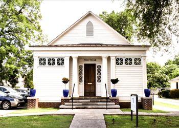 Huntsville yoga studio Light On Yoga Fitness