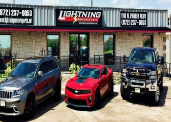 Grand Prairie used car dealer Lightning Motorsports