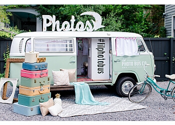 Raleigh photo booth company Lil Photo Bus Co
