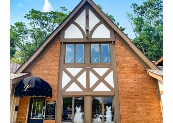 Dayton bridal shop Lillian's Bridal