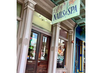 New Orleans nail salon Lilly's Nails & Spa