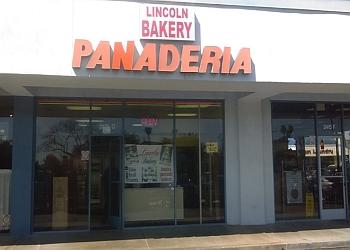 Anaheim cake Lincoln Bakery