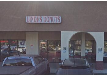 Riverside donut shop Linda's Donuts