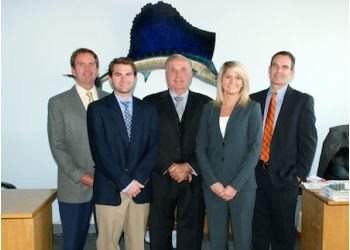 Chicago roofing contractor Lindholm Roofing, Inc