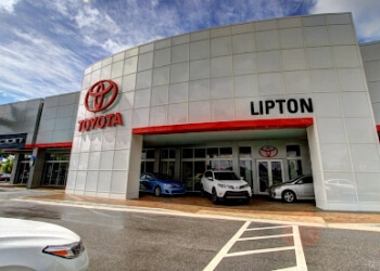 Fort Lauderdale car dealership Lipton Toyota