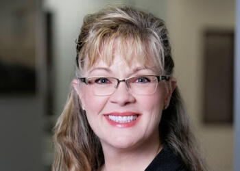 Surprise real estate lawyer Lisa Misner-Skozen - Mushkatel, Robbins & Becker PLLC