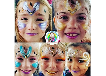 Naperville face painting Lisa's Face Painting and Balloons