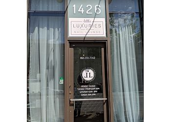 Minneapolis nail salon Little Luxuries Nail Lounge