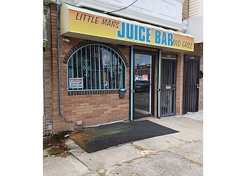 Philadelphia juice bar Little Man's Juice Bar and Grill