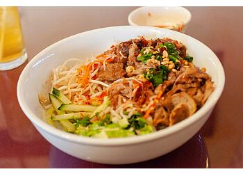 Glendale vietnamese restaurant Little Saigon Restaurant