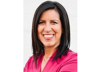 Phoenix gastroenterologist Liz Cruz, MD