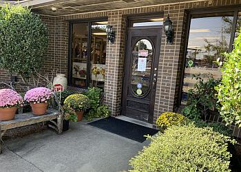 High Point florist Llanes Flower Shop, LLC