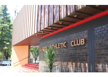 Portland gym Lloyd Athletic Club