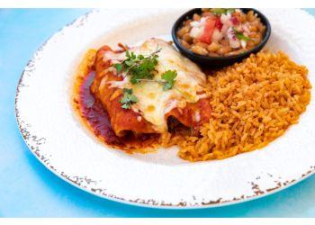 Long Beach mexican restaurant Lola's Mexican Cuisine