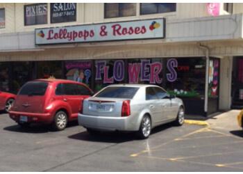 Salem florist Lollypops & Roses