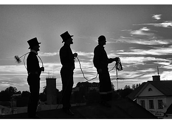 Aurora chimney sweep London Fog Chimney Clean & Repair Service