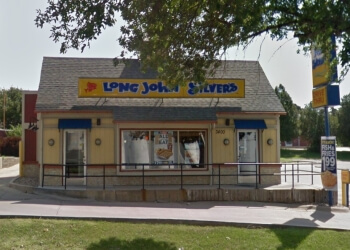 Lincoln seafood restaurant Long John Silver's