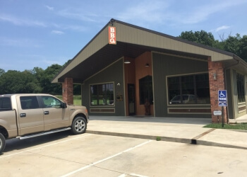 Topeka barbecue restaurant Lonnie Q's BBQ, LLC