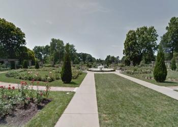 Kansas City public park Loose Park