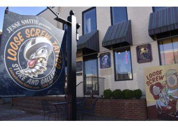 Richmond tattoo shop Loose Screw Tattoo